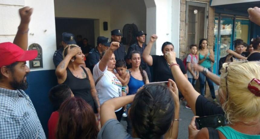Merlo: Fue liberada Karina Abregú, luego de una protesta