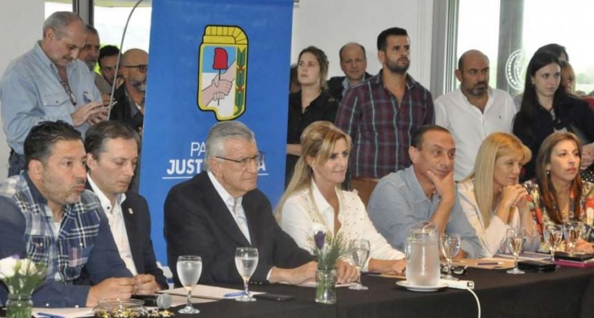 Cañuelas: Se reunió el PJ bonaerense junto a José Luis Gioja