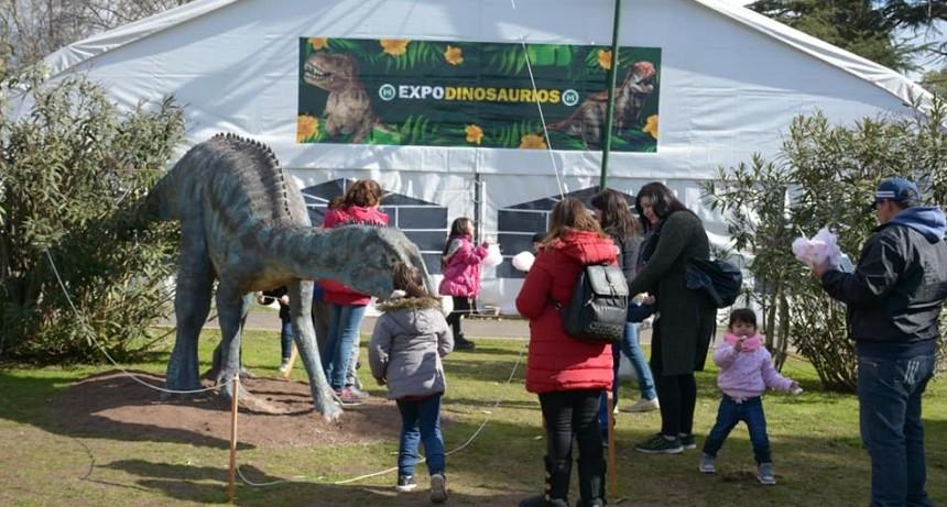 Merlo: Se inauguró la Expo Dinosaurios en El Tejadito
