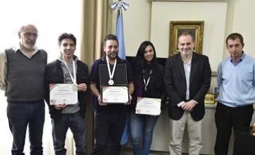 Marcos Paz: Estudiantes de la Escuela Técnica premiados en México