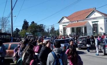 Por las amenazas de bomba en escuelas se demandará a los padres de alumnos que las realicen