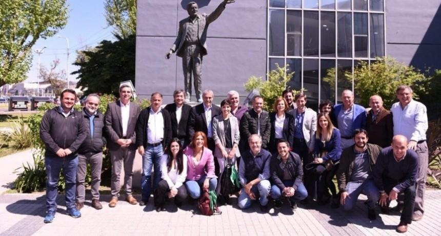 Avellaneda: Ferraresi y Máximo Kirchner inauguraron la Ecopunto