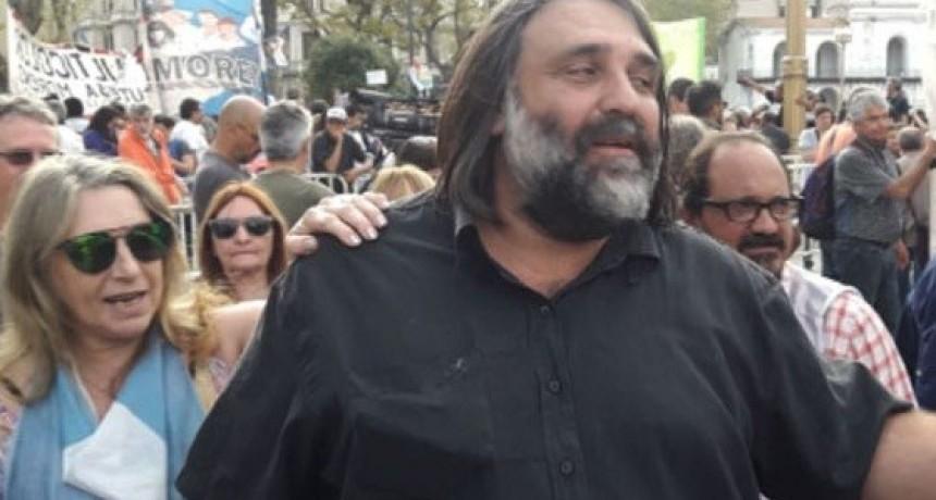 """Roberto Baradel: """"Este gobierno nos quiere condenar a la miseria a todos los argentinos"""""""