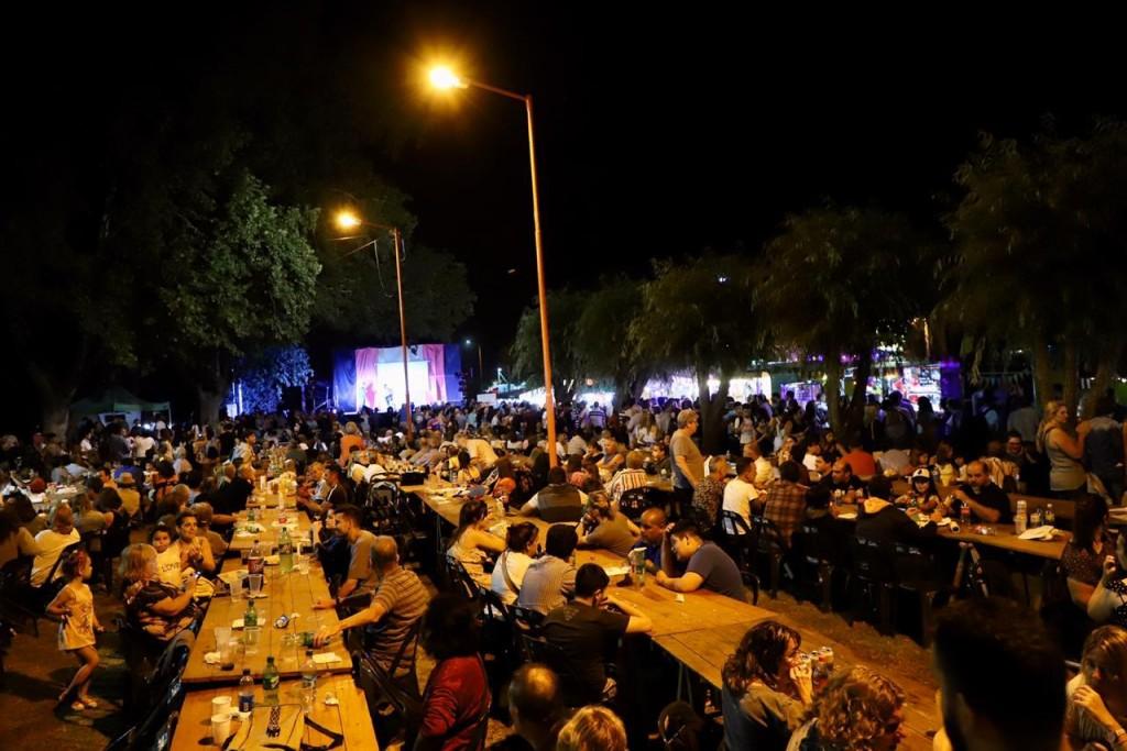 Roque Pérez: Se celebró la Noche de los Almacenes Rurales con más de 19 mil visitantes