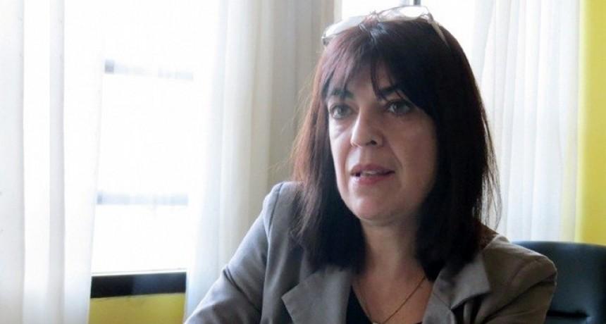 """Isabel Reinoso: """"Muchos pacientes que entran a nuestra farmacia, no pueden cumplir con su tratamiento por el precio de los medicamentos"""""""