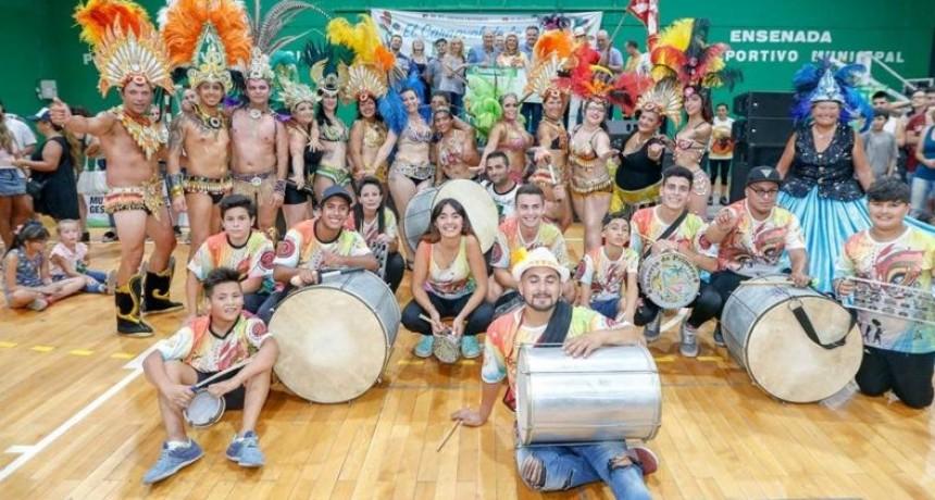 Ensenada: Entregan subsidios para las comparsas del Carnaval de la Región