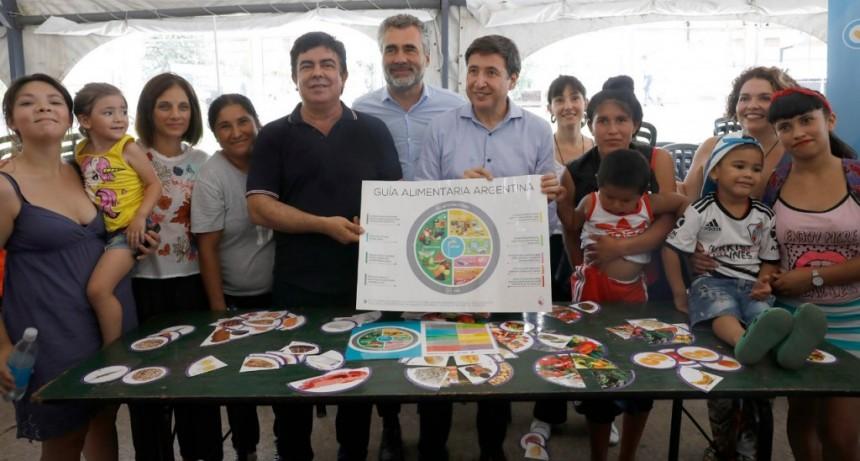 """Fernando Espinoza: """"La tarjeta Alimentar es la mejor decisión de Justicia Social después de la AUH"""