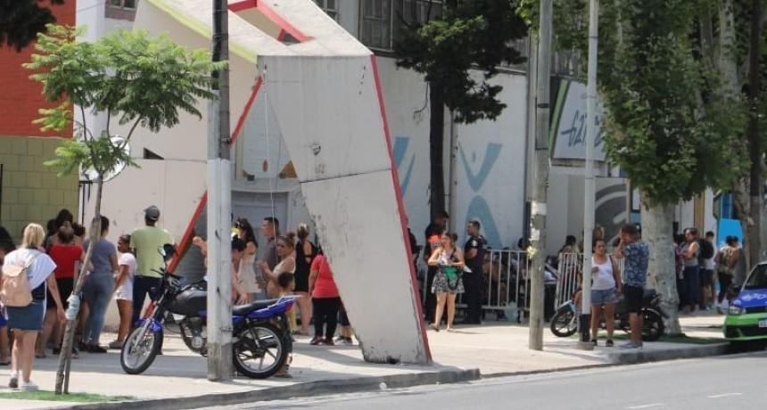 Avellaneda: Empezó la entrega de más de 9000 tarjetas AlimentAR