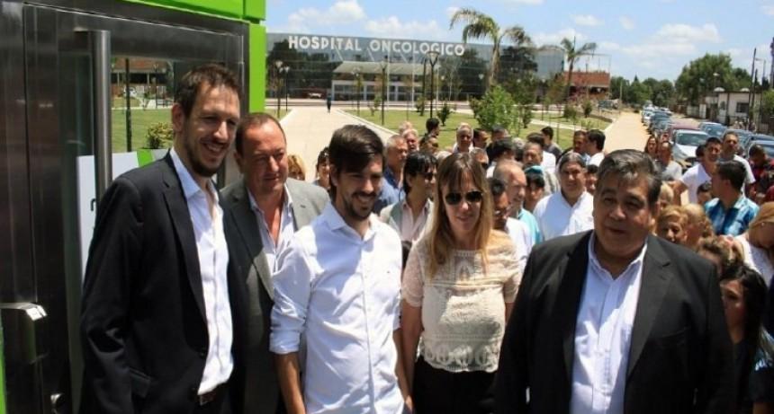 José C. Paz: Ishii y Juan Cuattromo inauguran Módulo Bancario en Hospital Oncológico