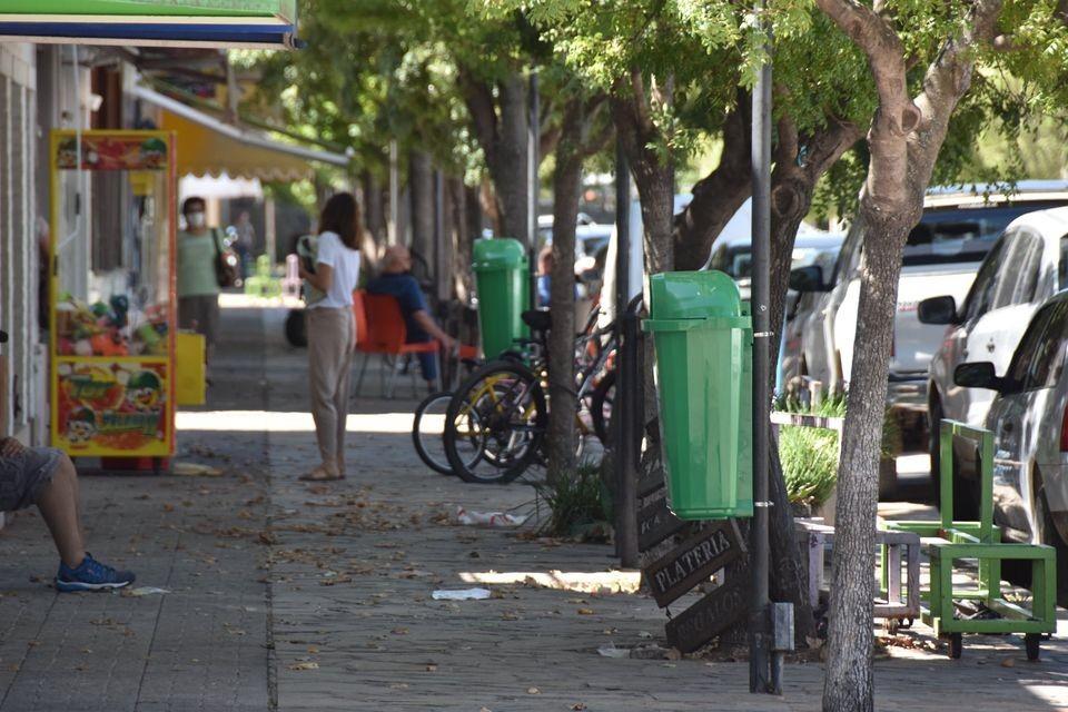 Ameghino: Colocación de cestos verdes en el centro