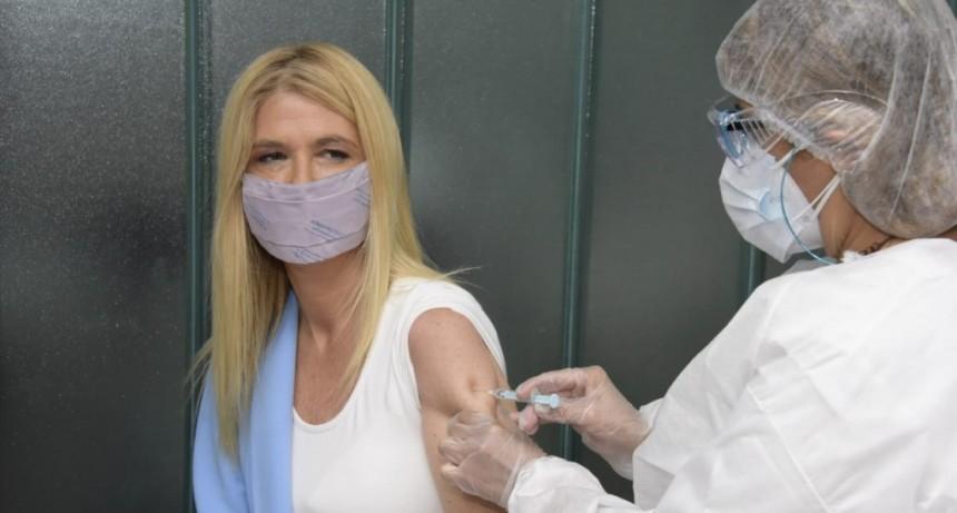 Malvinas Argentinas: Verónica Magario eligió vacunarse contra el Covid en el distrito