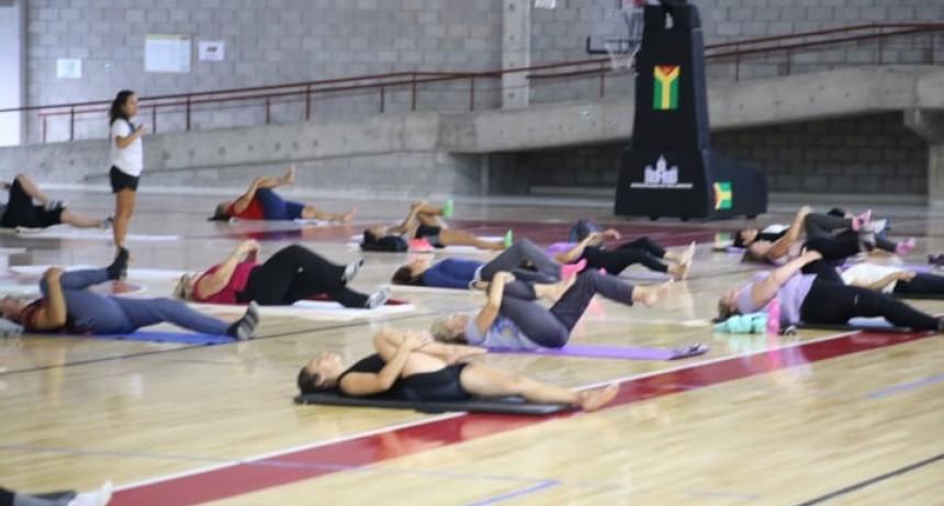 Tres Arroyos: Taller de Yoga en la Dirección de Deportes del distrito