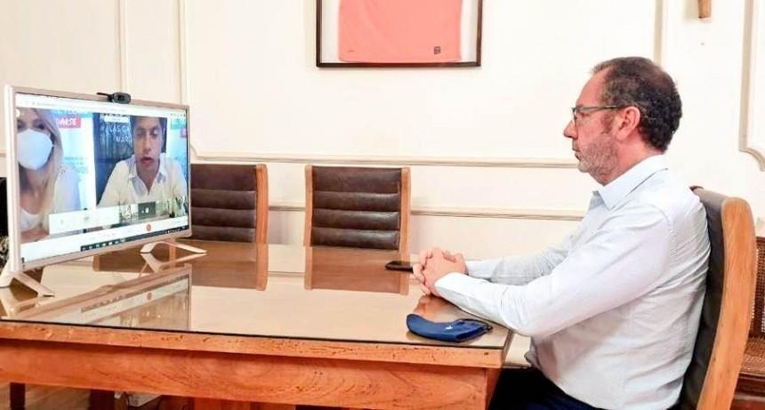 C. Casares: El Intendente Torchio se reunió con el Gobernador Kicillof