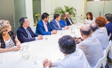 """CFK: """"En los '90 el neoliberalismo provocó tragedias sociales, ahora suman catástrofe institucional y violencia política"""""""