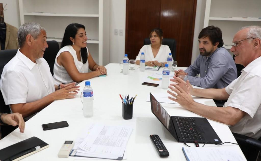Avellaneda: Ferraresi se reunió con el ministro Gollán