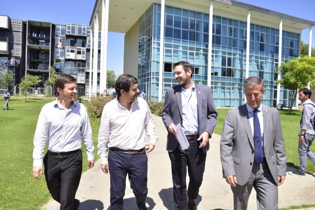 San Martín: Moreira participó del 1er. Encuentro de Producción, Ciencia y Tecnología junto al ministro Costa