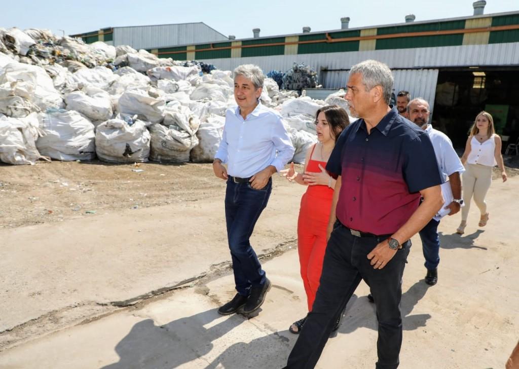 Avellaneda: Ferraresi junto a Sergio Federovisky recorrieron el Eco Punto