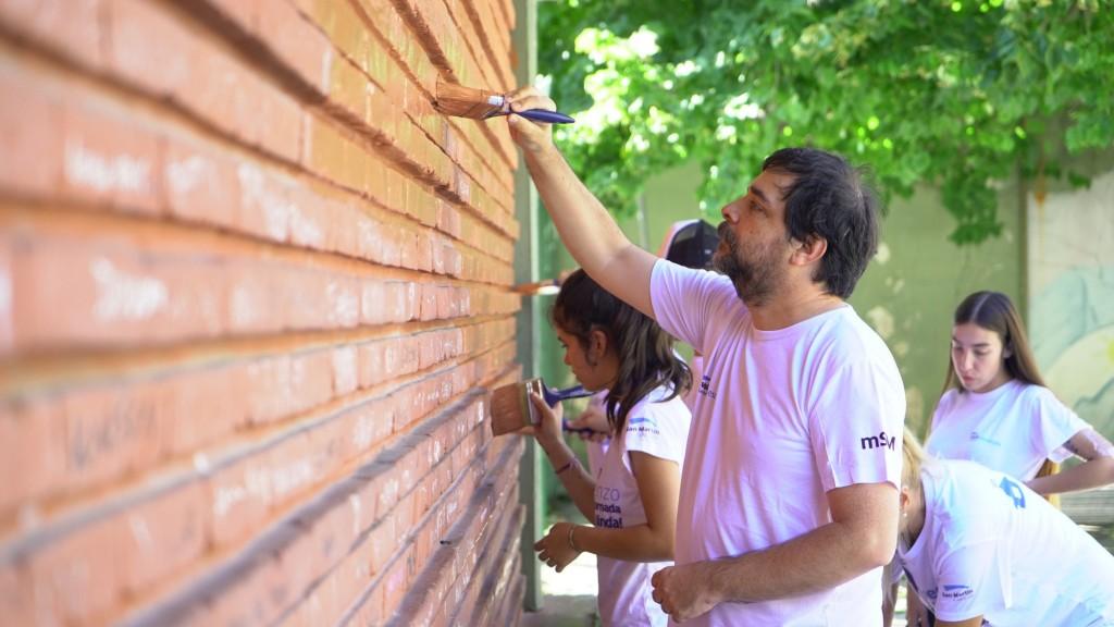 Cerca de 2.000 voluntarios acondicionaron las escuelas y jardines de San Martín
