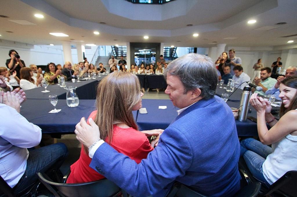"""Tolosa Paz y Cascallares anunciaron la implementación del programa """"Huertas Brown"""" en Instituciones Educativas"""