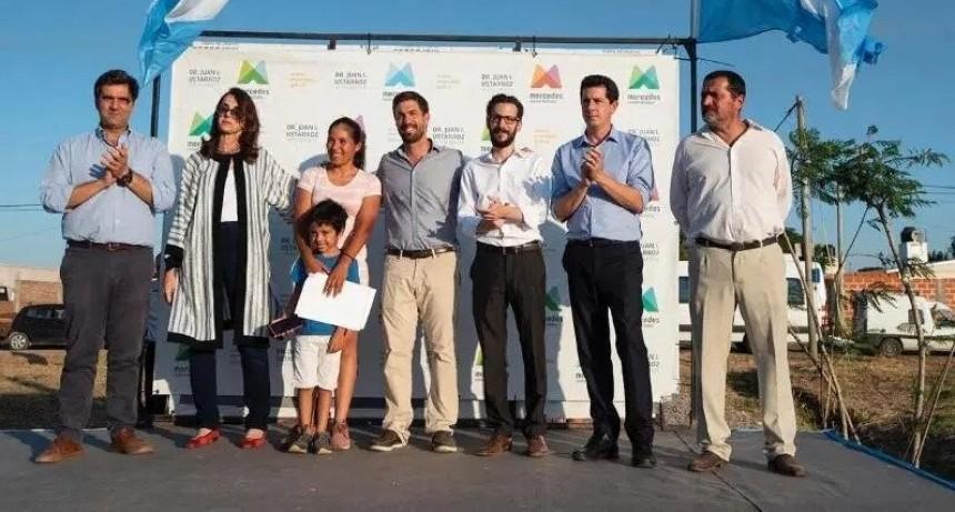 Luján: Boto solicitó la continuidad de las obras del barrio Santa Marta