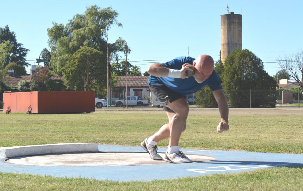 Azul: El Municipio abrió la temporada 2021 de atletismo