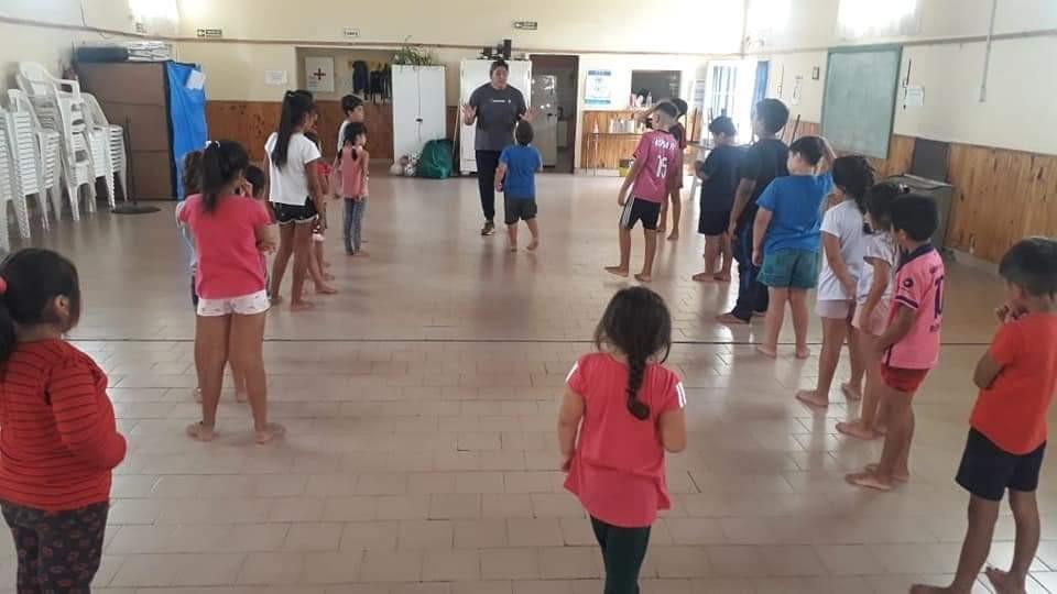 Patagones: La Dirección de Deportes propone actividades recreativas en el marco de la temporada estival