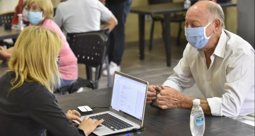 Malvinas Argentinas: Más de mil adultos mayores inscriptos para recibir la vacuna contra el Covid-19