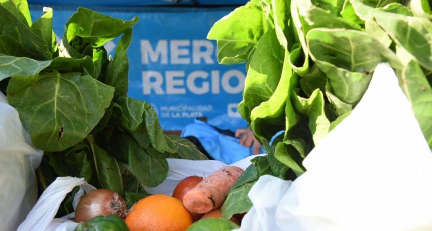 La Plata: Nuevo acuerdo de precios al por mayor con puesteros del Mercado Regional