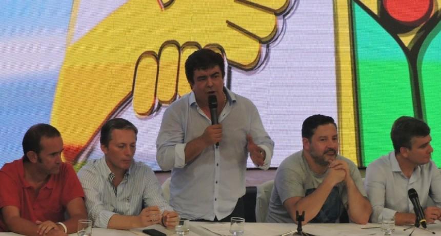 """Fernando Espinoza: """"Tenemos que decirlo con todas las letras: Macri fracasó y Vidal es Macri"""""""