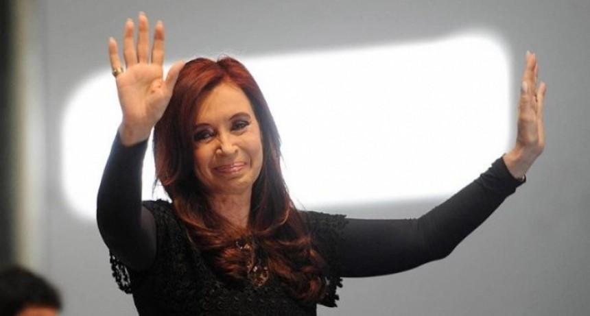 Elecciones: Reciente encuesta asegura que Cristina le gana a Macri por 14 puntos