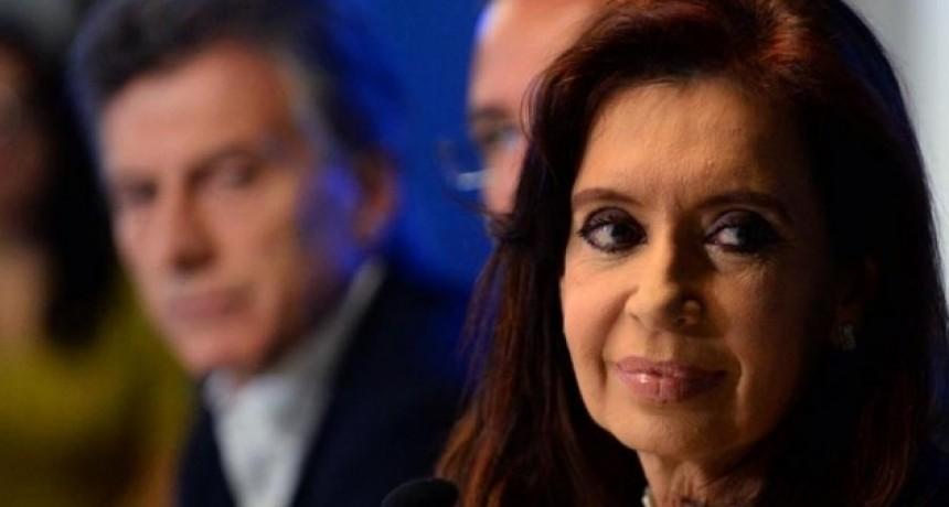 Encuesta de SMAD muestra ventaja de casi 30 puntos de CFK sobre Macri