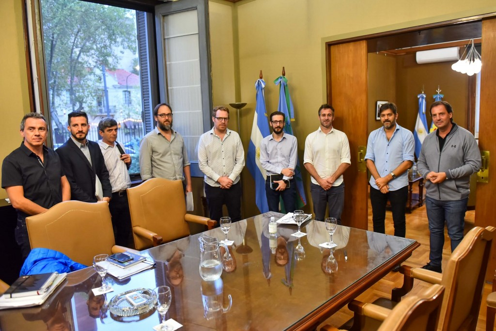 La Plata: Sujarchuk y Achával se reunieron con autoridades provinciales por las termoeléctricas de Pilar