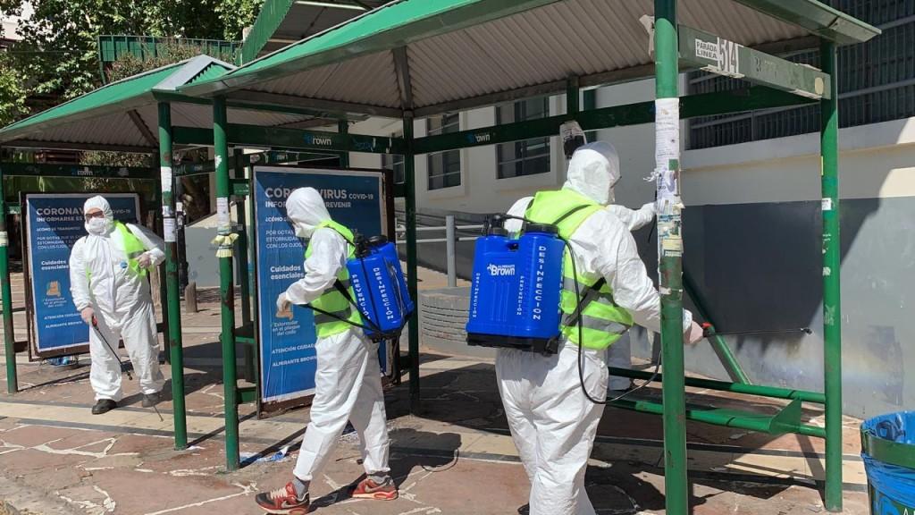 Alte. Brown: El municipio multiplica las tareas de desinfección en estaciones, colectivos e institutos