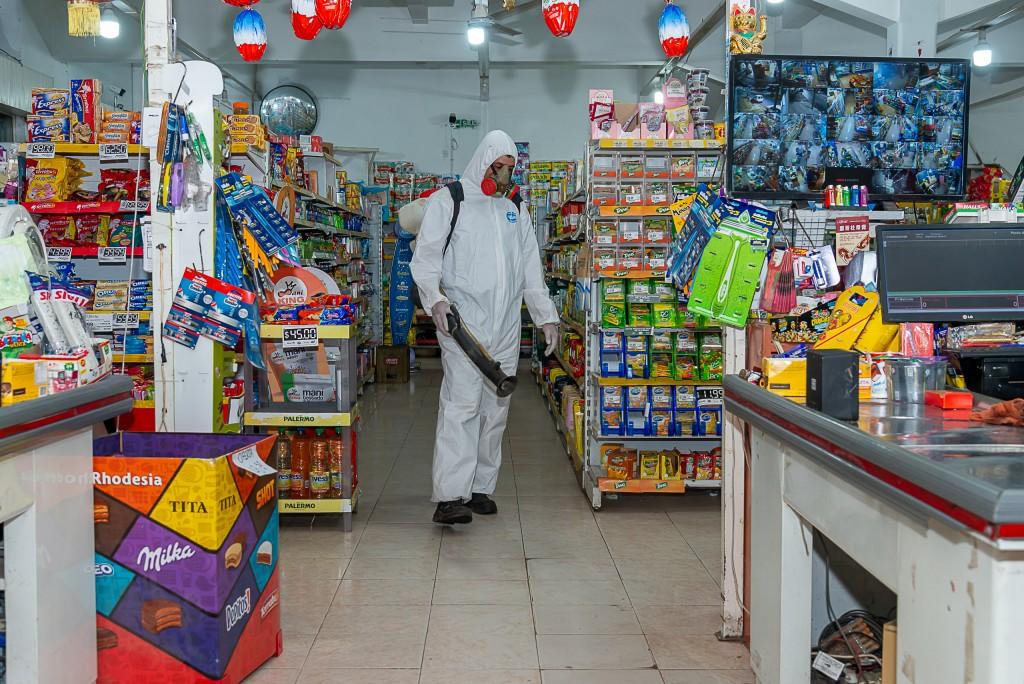 Junín: Continúan los operativos de fumigación desinfectante contra el coronavirus