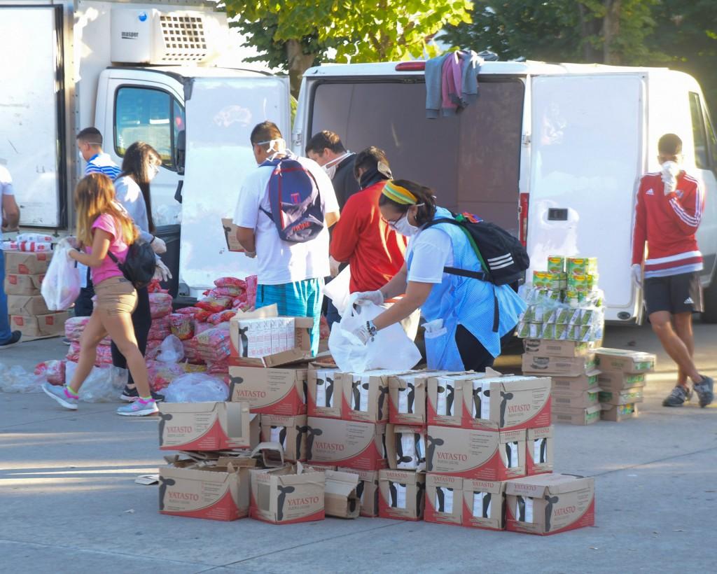 San Fernando envió alimentos a las escuelas de Isla para ayudar en la cuarentena
