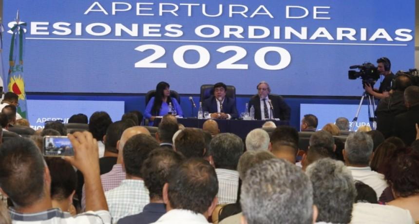 """Espinoza abrió las sesiones del HCD de La Matanza: """"Vamos todos unidos hacia ese futuro de sueños"""""""