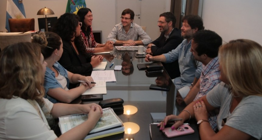 Morón: Ghi se reunió con la titular del Organismo Provincial para la Integración Social y Urbana