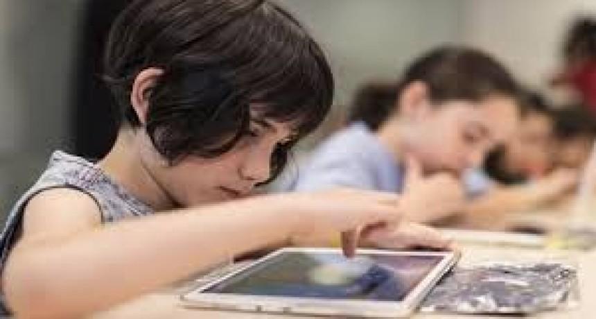 El Gobierno lanzó una plataforma de educación digital para continuar las actividades pedagógicas
