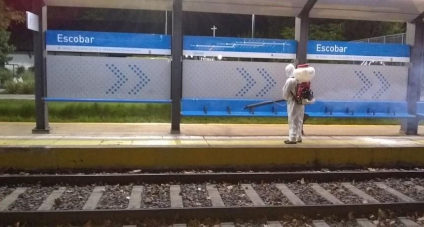 Escobar: Intensifica la desinfección de los refugios de transportes y espacio público