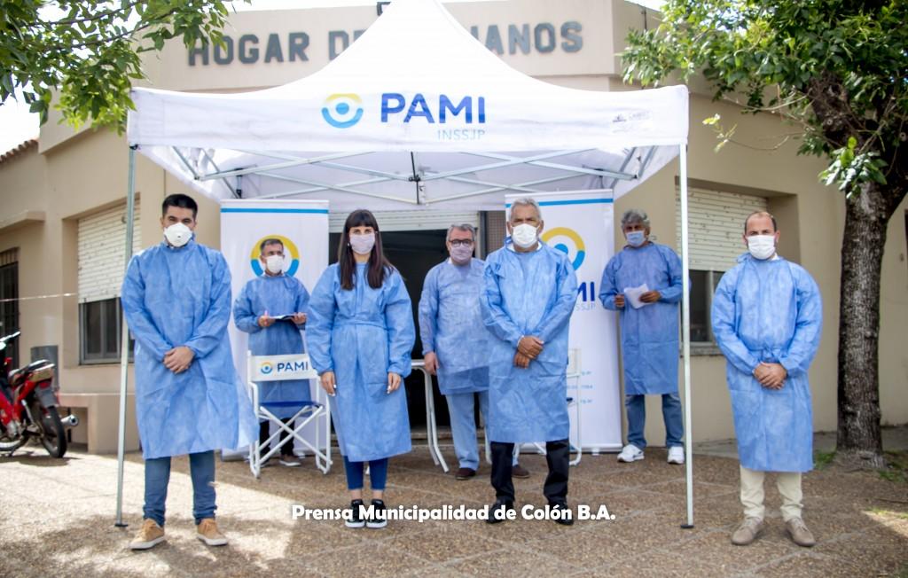 Colón (BA): Vacunan a residentes de hogares de adultos mayores