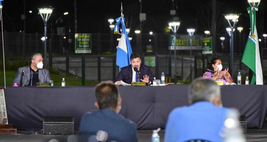 """Menéndez: """"Hay una cantidad de obras proyectadas que representan miles de millones de pesos de inversión. Son obras muy esperadas por los merlenses"""""""