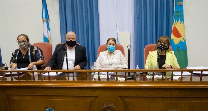 Pte. Perón: La intendenta Cantero presidió ceremonia de apertura de sesiones ordinarias