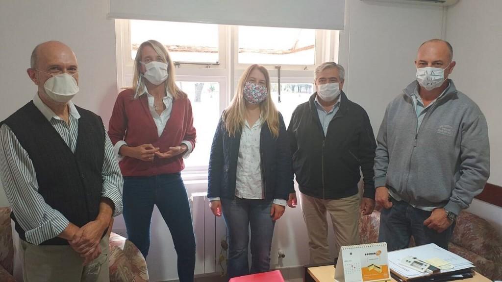"""Gral. Villegas: El intendente Campana destacó la tarea de """"Punto Digital con los protectores faciales realizados con impresión 3D"""