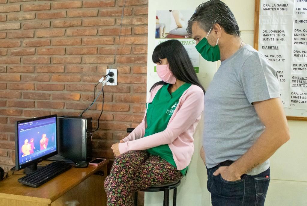 """Zabaleta: """"Este sistema de prevención nos informa la temperatura corporal de quienes ingresan al Hospital San Bernardino"""""""