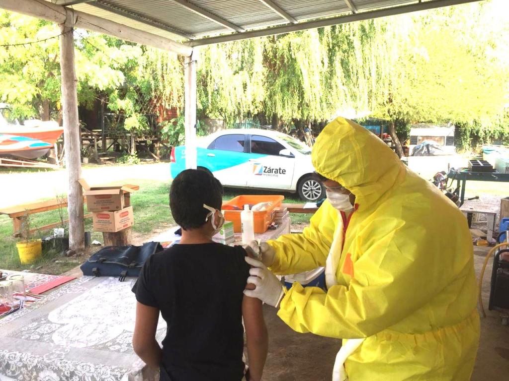 La Secretaria de Salud del Municipio de Zárate acercó la campaña de vacunación a Islas