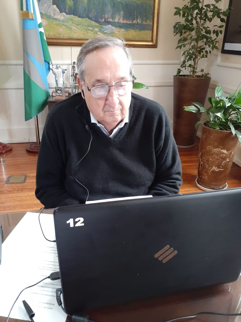 El Intendente Miguel Lunghi participó de una teleconferencia con el gobernador Kicillof