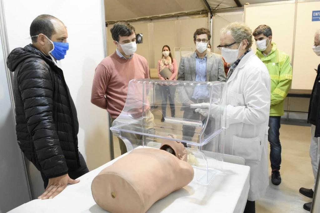 Morón: El Hospital recibió equipos aerobox donados por la empresa MABE