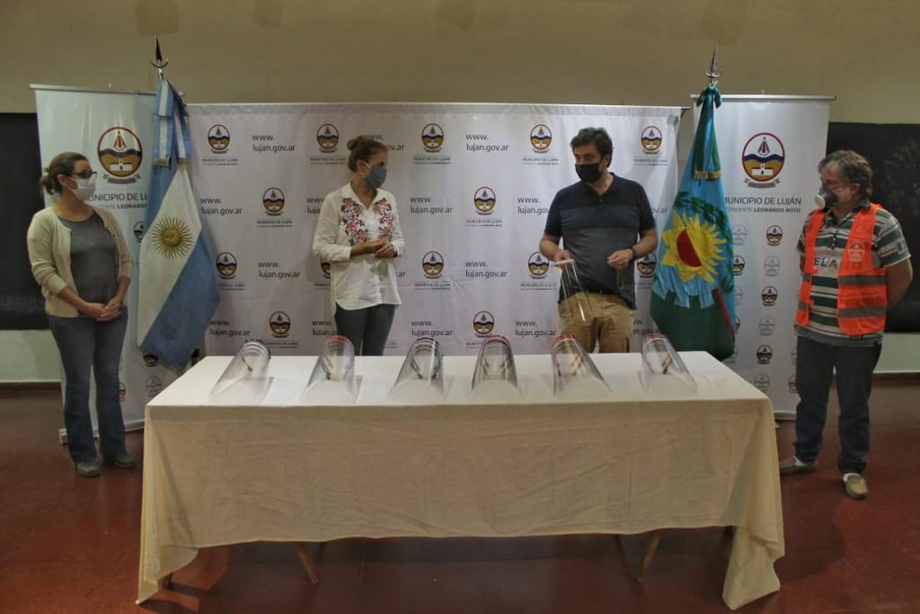 Luján: Nueva donación de insumos médicos de producción local