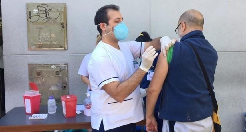 Morón: En una semana de operativo, se aplicaron más de 21 mil dosis contra la gripe