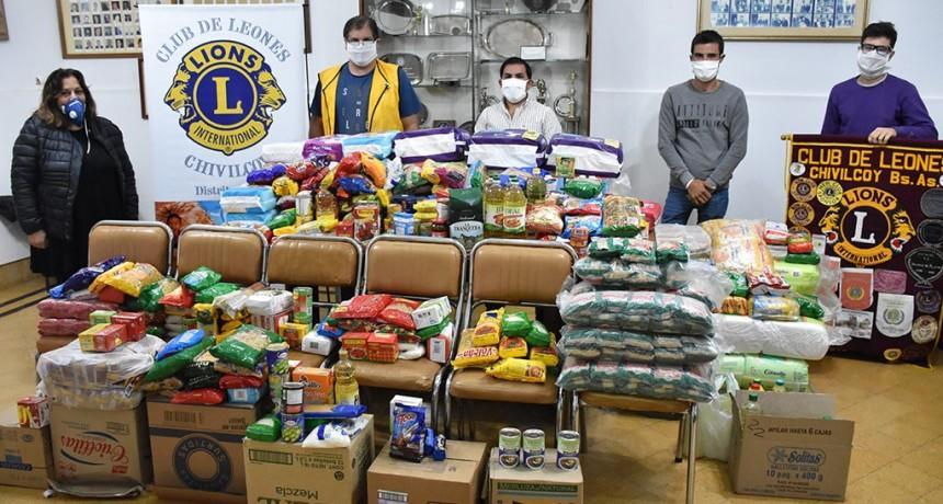 Chivilcoy: El Club de Leones entregó alimentos que reunió en campaña solidaria